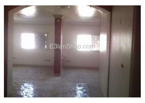 مكتب للايجار خلف البنك الأهلى بفيصل