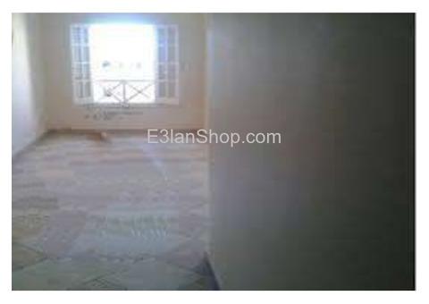 شقة من بمكرم عبيد للايجار