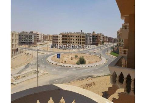 شقة للبيع بمدينة الشروق المجاوره الرابعة