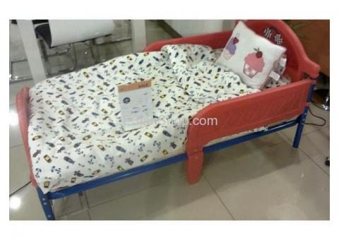 For sale baby bed in a very good condition as new from junior