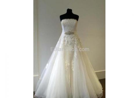 9d5e207c6d61c للايجار او للبيع فستان زفاف من محل برونوفيوس في اسبانيا برشلونة ممتاز  كالجديد