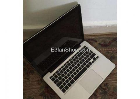 """Apple MacBook Pro """"Core i5"""" 2.5 13"""" Mid-2012 حاله جيده جدا استعمال خفيف"""
