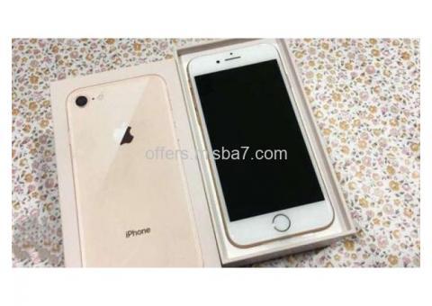 Iphone 8 64gb جديد كرتونة مفتوحة ( بضمان آبل )